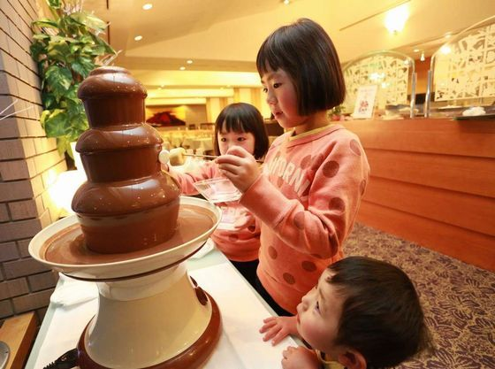 お子様に大人気のチョコレートファウンテン※冬季限定