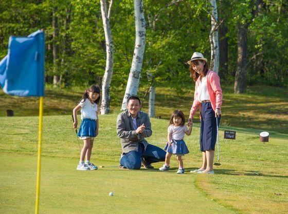 家族皆で楽しめるパターゴルフ
