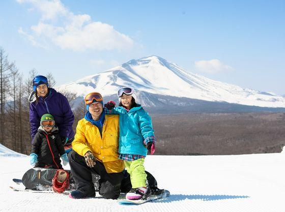 ウェルカムファミリーのスキー場「軽井沢スノーパーク」併設