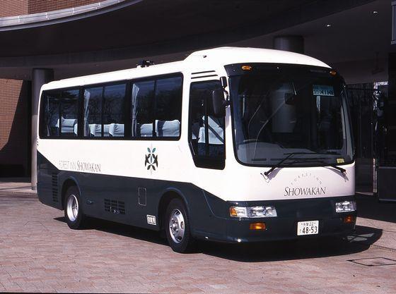【シャトルバス(一例)】昭島駅と当ホテル間は、無料のシャトルバスが運行しています
