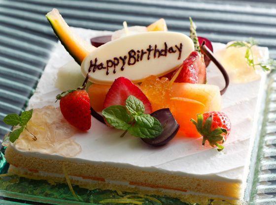 大切な記念日に。お祝いケーキのご注文承ります。(一例)