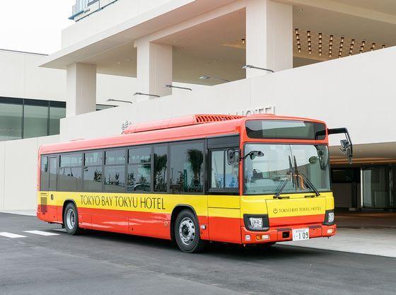 無料のシャトルバスを運行(東京ディズニーリゾート®までは約25分、JR新浦安駅までは約10分)