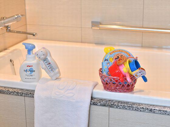 バスルームで遊べるおもちゃもご用意しております。