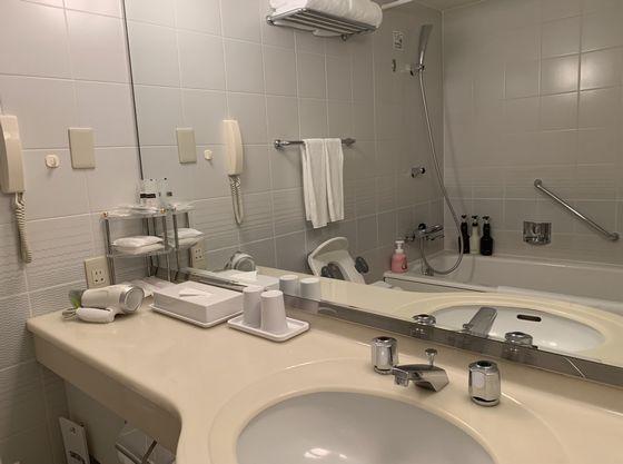 バスルームはユニットバスとなります。