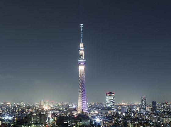 夜のライトアップされた東京スカイツリーも素敵です。