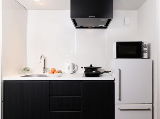 客室内のキッチンでお料理ができる