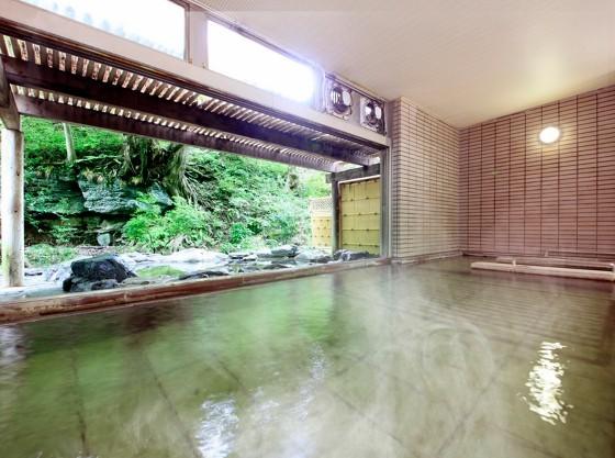 打たせ湯、寝湯、サウナ等完備した、満足の大浴場
