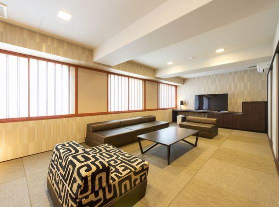 広々43平米の客室