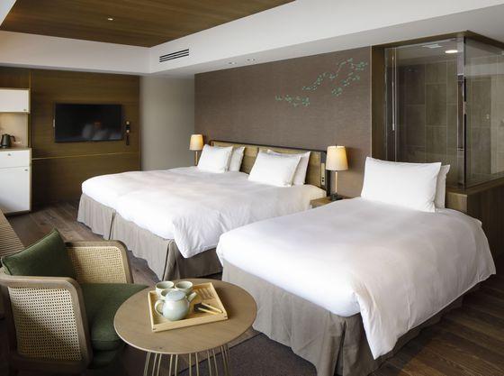 お部屋は52㎡と広々とした客室で最大4名様まで宿泊が可能