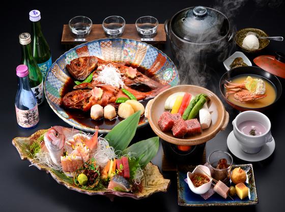 料理長SUGAWARAが房総の食材を大切にしてご用意させて頂く会席料理。