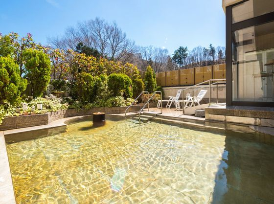 大浴場の外には野天風呂がございます。