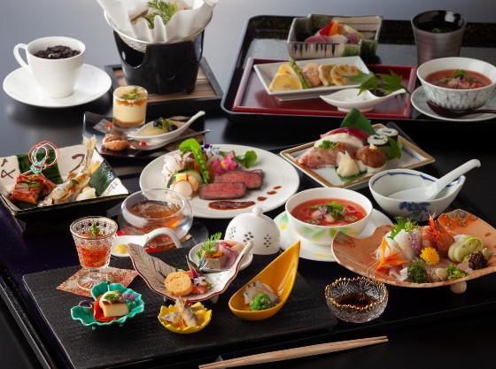 露天風呂付客室「四季彩」専用の創作和食会席膳