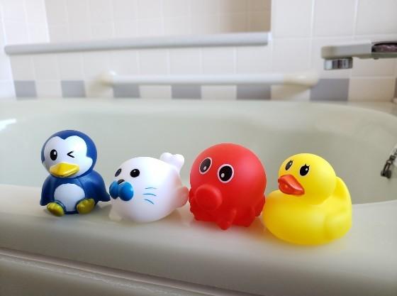 お風呂で遊べるおもちゃもご用意しております