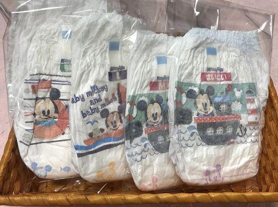 パンツタイプの「紙おむつ」は売店で販売しています
