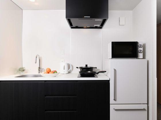 必要最低限の調理器具・食器は備わってます!