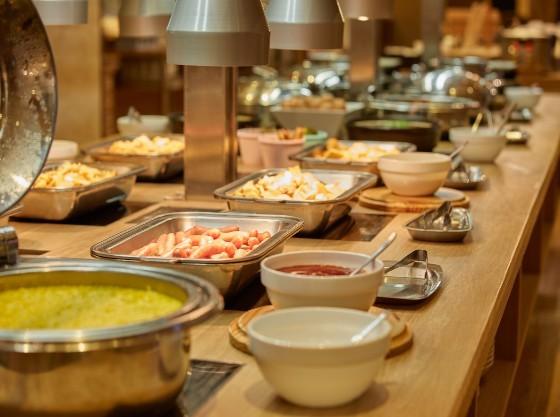 【朝食ビュッフェ】ロコモコ、パンケーキなどお楽しみください。