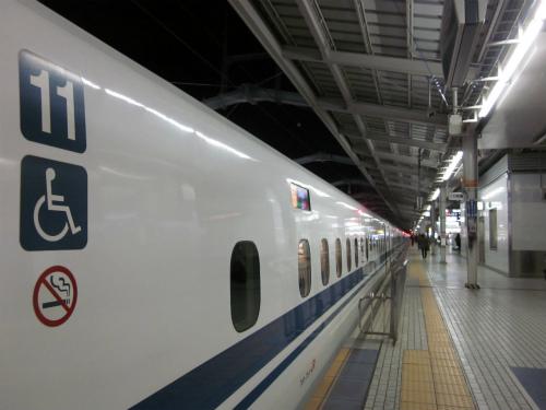赤ちゃん連れでの列車旅をスマートに。快適に旅する為のヒント