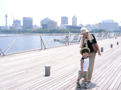 人気の三世代旅行~祖父母・親・子ども、絆が深まりそれぞれにメリットあり!