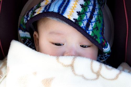 赤ちゃん・子連れ旅行の乗り物酔い対策(飛行機・電車・バス・車・船)